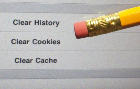 An eraser pointing to a clear internet history options on a computer screen.
